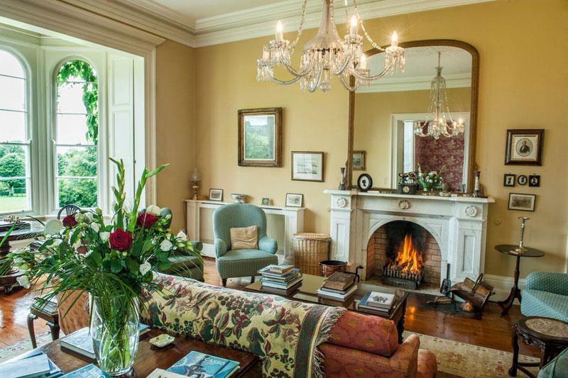 Gold sitting room