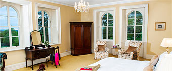Coolclogher House Cream bedroom